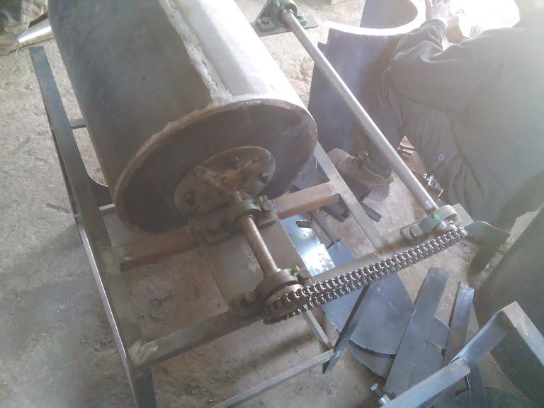 Mesin penggoreng krupuk media pasir