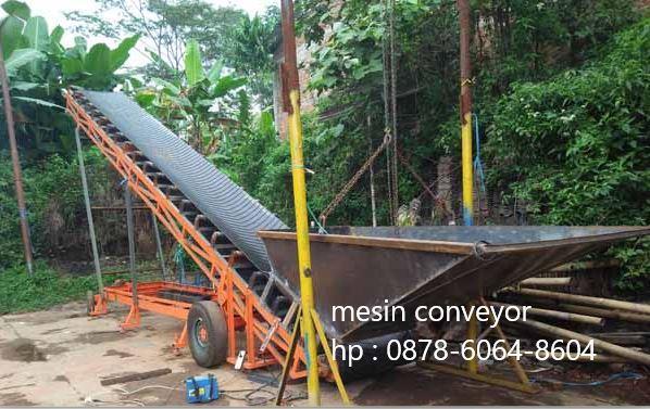 Mesin conveyor untuk mengangkut pasir tambang