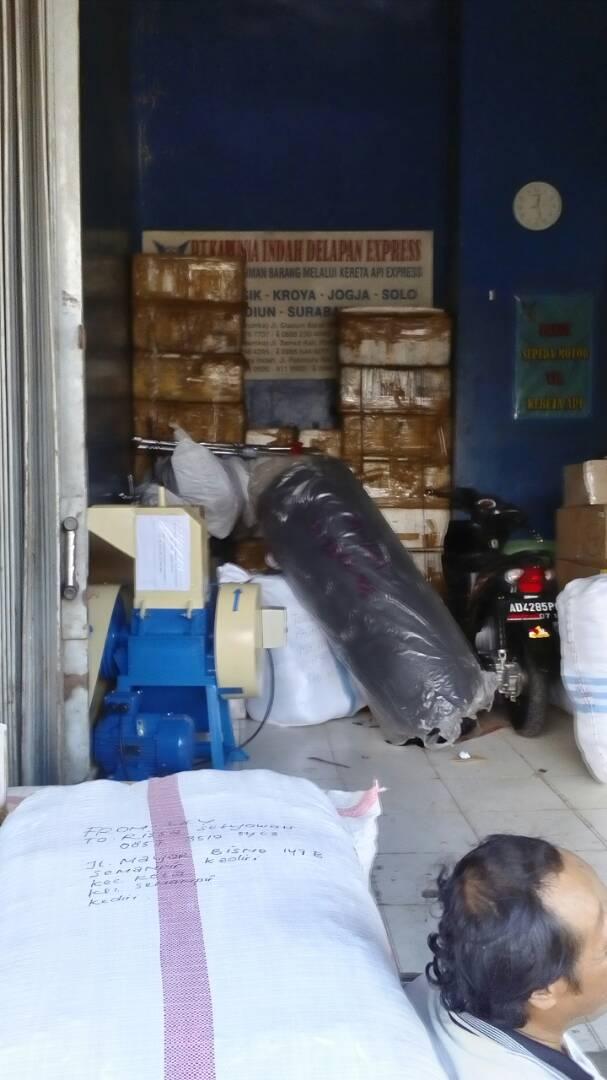 Pengiriman mesin penghancur plastik ke surabaya