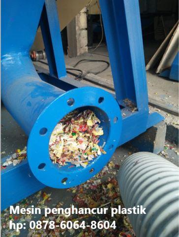 Mesin pencacah plastik dengan tangki silo