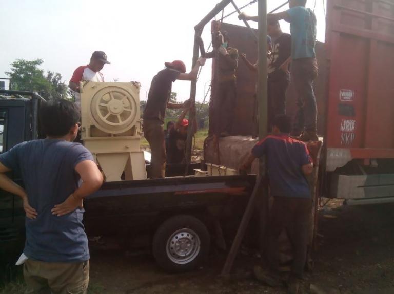 Mesin penghancur kayu kapasitas besar