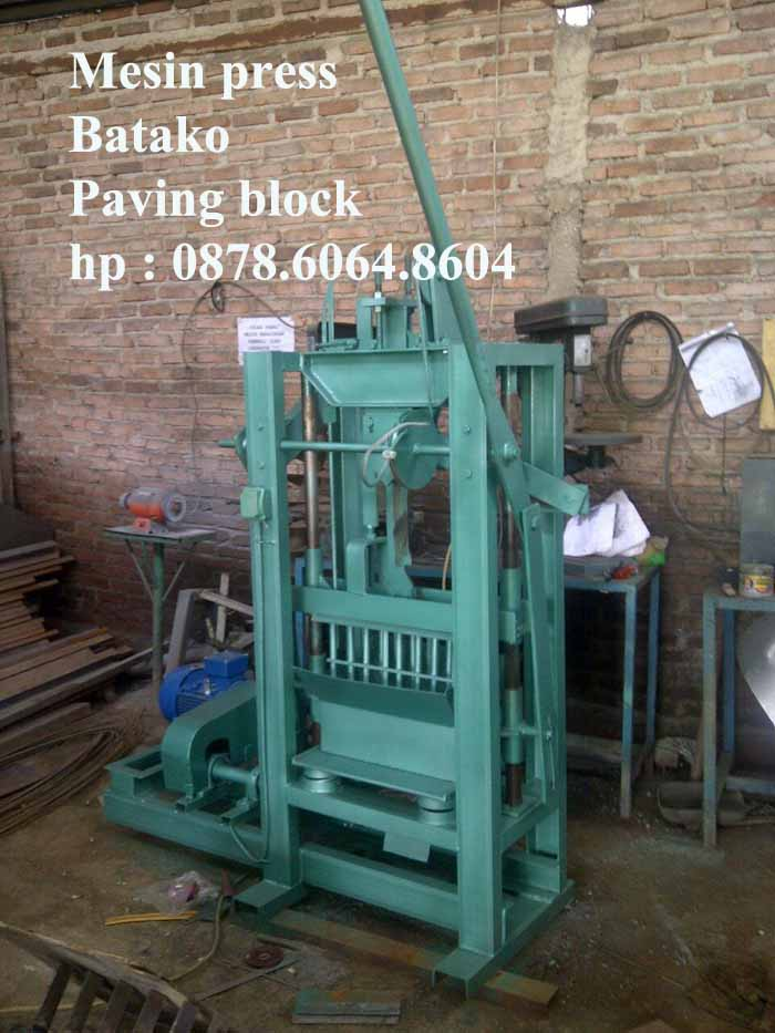mesin press paving blcok