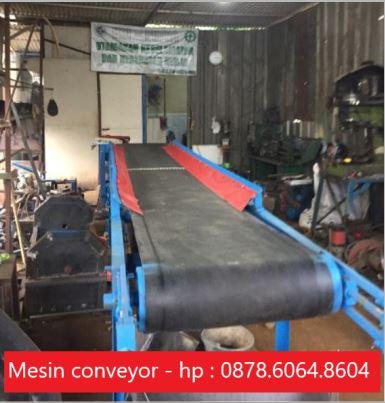 Mesin conveyor untuk memilah sampah
